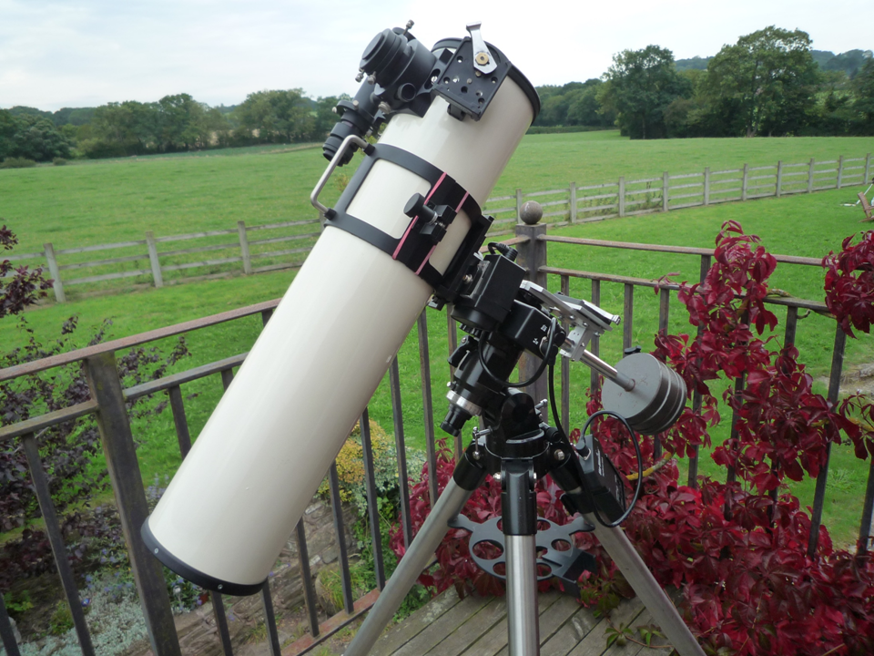 My 5 inch Maksutov  Newtonian Telescope on my Balcony